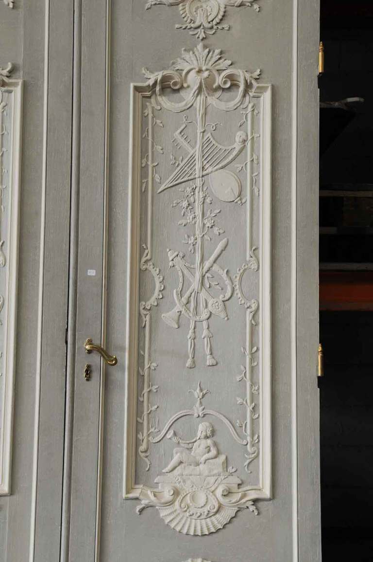 Pair of doors maded of French Regence style oakwood  woodwork carved panels 6